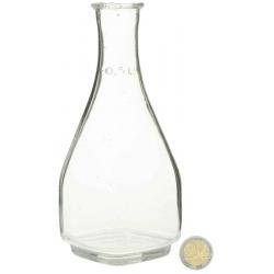 Carafe d'eau en résine cassable